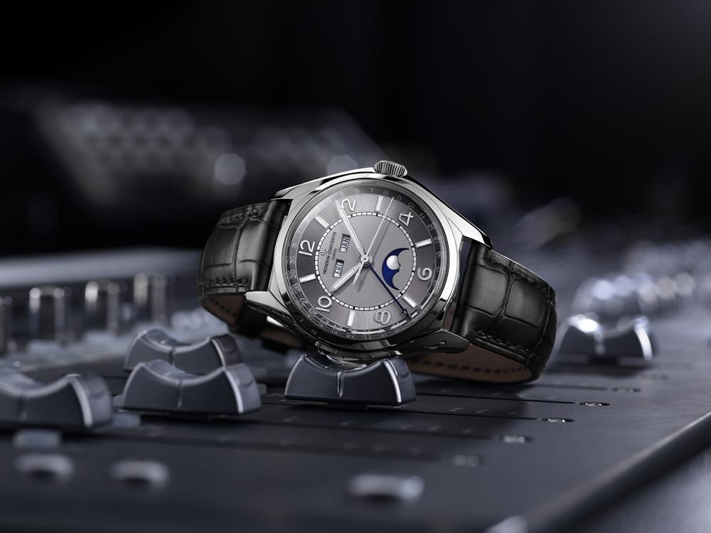 Reloj Fiftysix Calendario Compleo en acero de Vacheron Constantin