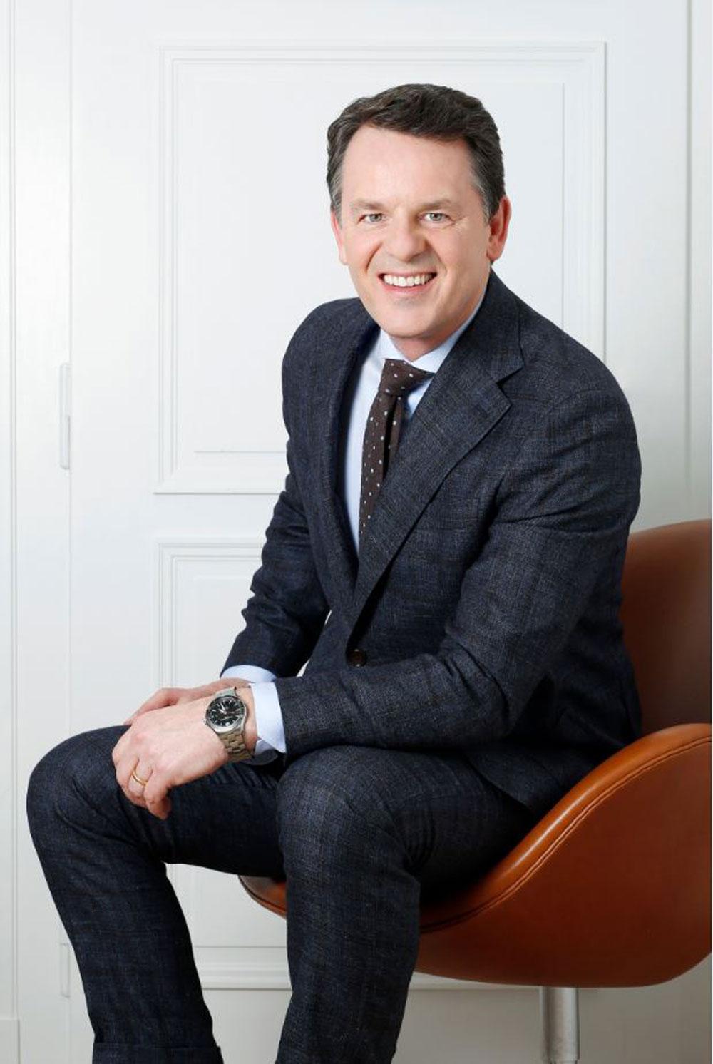 Alain Zimmermann deja la dirección ejecutiva de Baume & Mercier y pasa a desempeñar el cargo de director de Proyectos Estratégicos de Distribución Electrónica de Relojeros Especialistas del Grupo Richemont.