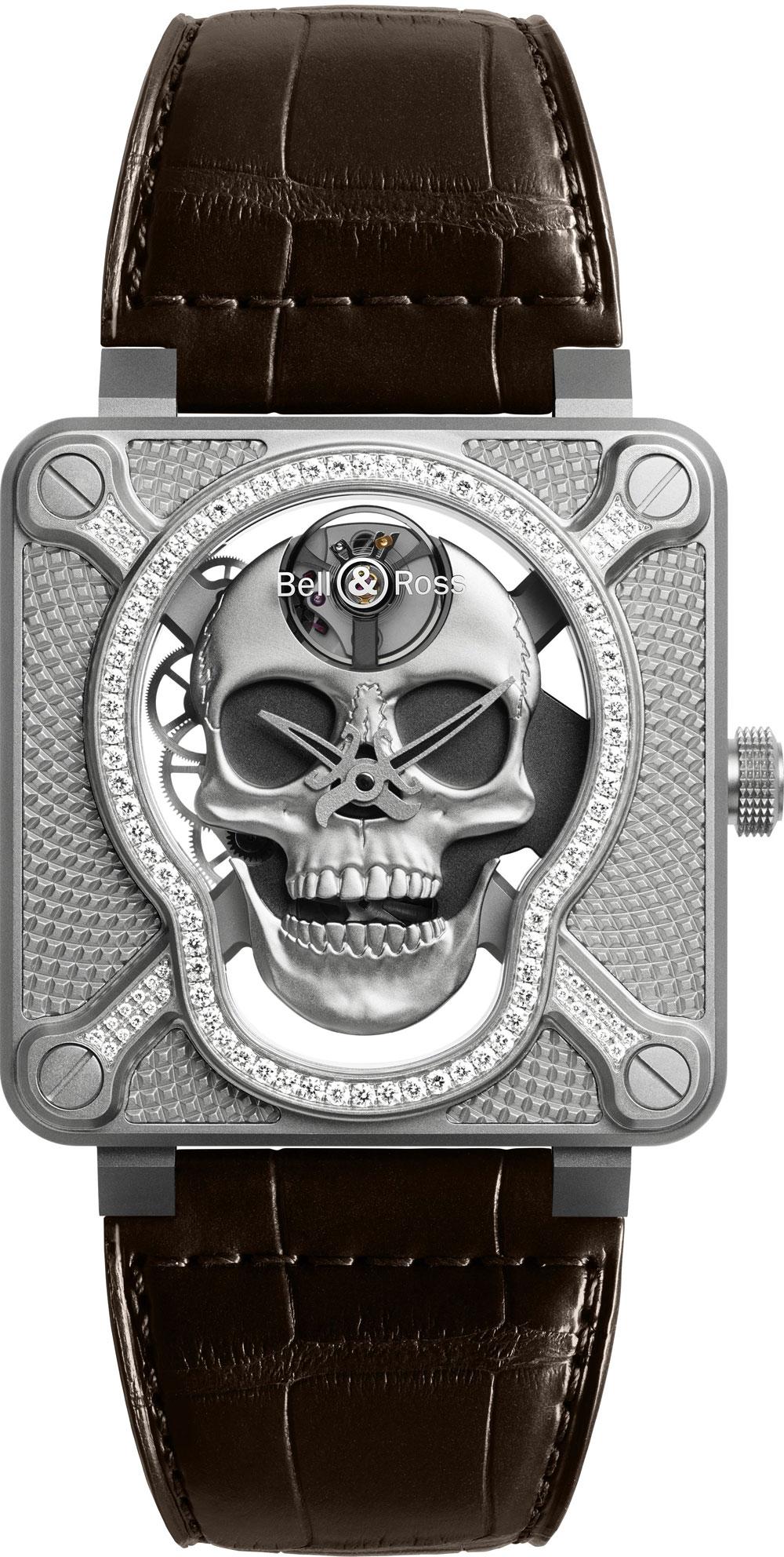 Reloj BR 01 Laughing Skull de Bell & Ross con diamantes en el bisel