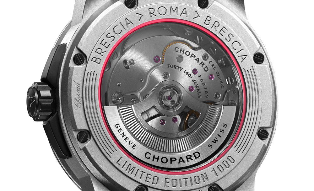 calibre Chopard 01.08-C del reloj Mille Miglia GTS Power Control Grigio Speciale de Chopard dentro de la caja