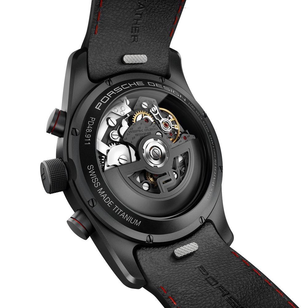 El nuevo reloj deportivo de Porsche Design se equipa con el calibre Werk 01.200 Porsche Design
