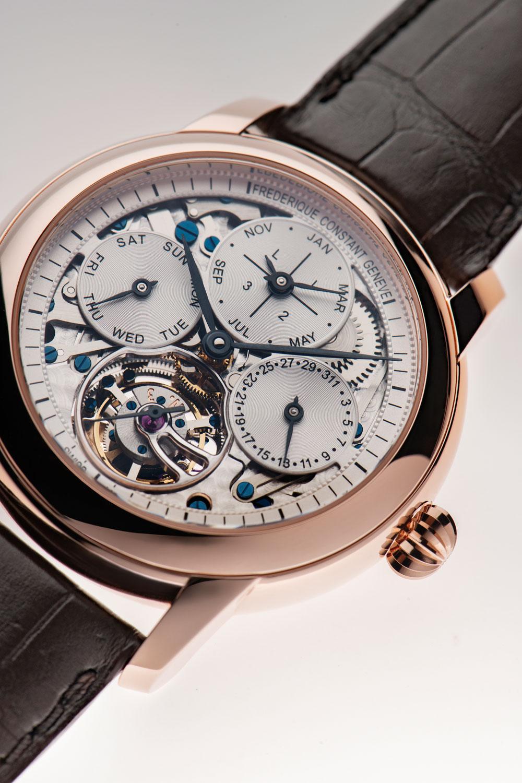 Reloj Frederique Constant Perpetual Calendar Tourbillon Manufacture con esfera esqueleto
