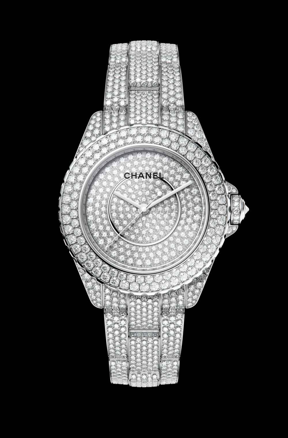 Nuevo reloj J12 Chanel engastado completamente con diamantes